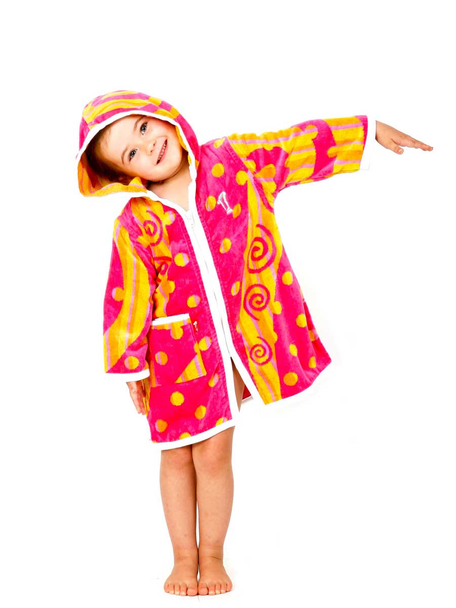Hooded-Towel-Carousel-Robe